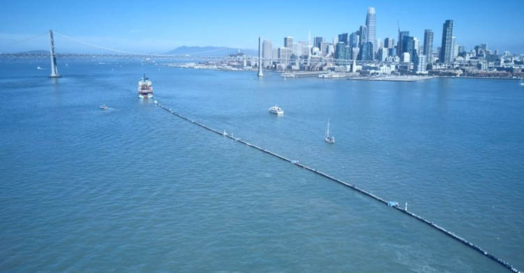 Ocean Cleanup HDPE pipe system
